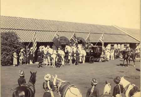lord curzon at bhopal railway station 1899